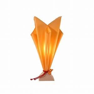 Lampe De Chevet Originale : lampe de chevet originale coloris saumon forme fl te id e cadeau d coration ~ Teatrodelosmanantiales.com Idées de Décoration