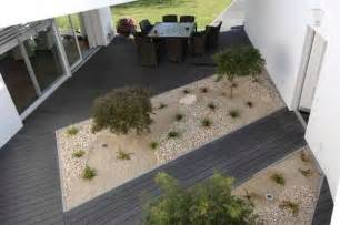 22 composite flooring ideas to bring contemporary style into outdoor rooms