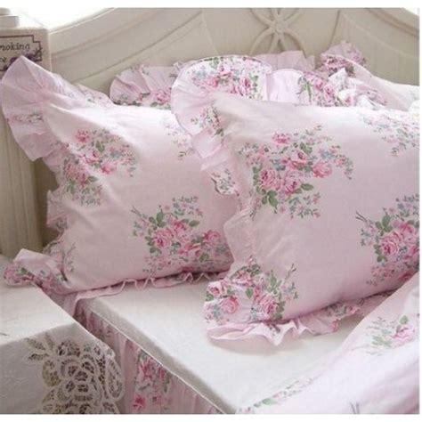 shabby chic pink bedding shabby chic bedding shabby but not to shabby pinterest chic pink and shabby chic