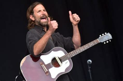 Bradley Cooper Makes Surprise Appearance At Kris Kristofferson Show