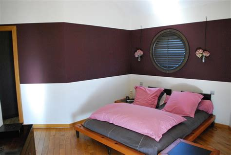 peindre une chambre en deux couleurs utiliser deux couleurs pour peindre sa chambre comment