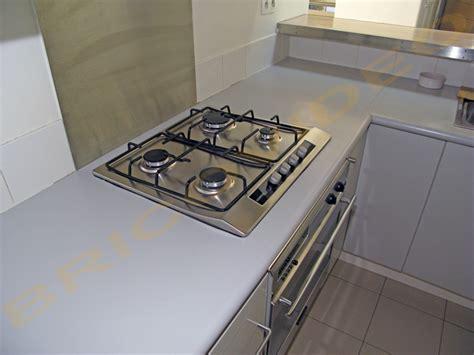cuisine plaque de cuisson table de cuisine