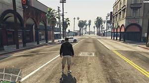 GTA V gameplay on old low end PC - YouTube