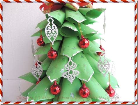 christmas tree out of paper cards crafts projects paper tree tutorial