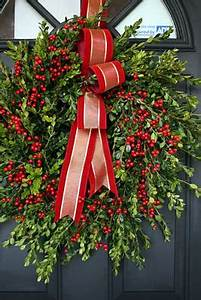 1000 images about Williamsburg wreaths on Pinterest