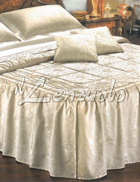 Copriletti Con Volant by Trapunta Matrimoniale Con Volants By Daylight