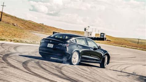 Download Tesla 3 Vs Bmw 3 Size PNG