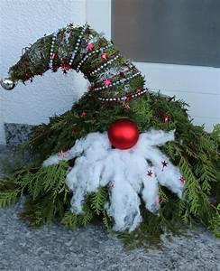 Weihnachtsdeko Draußen Basteln : weihnachtswichtel aus tannen gr n deko weihnachten ~ A.2002-acura-tl-radio.info Haus und Dekorationen