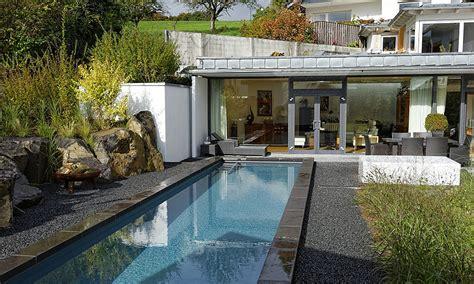 Pool Im Garten Gestalten Mit Holz by Moderne Gartenkonzepte Eolas Garten
