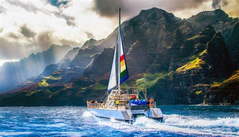 Napali Coast Boat Tour Sunset by The Fleet Blue Dolphin Charters
