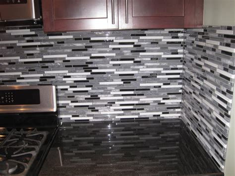 Glass Tile Backsplash Ideas For Kitchens And Bathroom