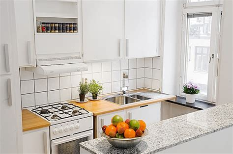 Dazzling Interior For Small Apartment Kitchens With
