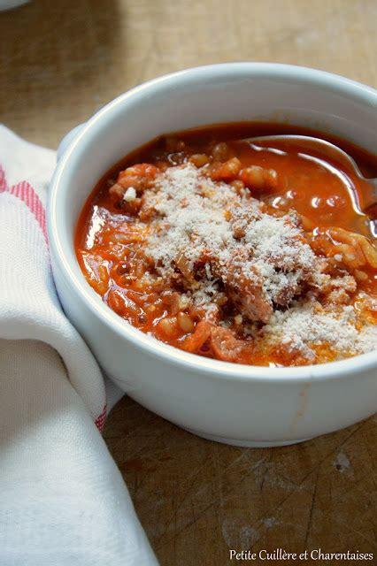 petite cuillere  charentaises zuppa  farro soupe de petit epeautre souvenirs romains