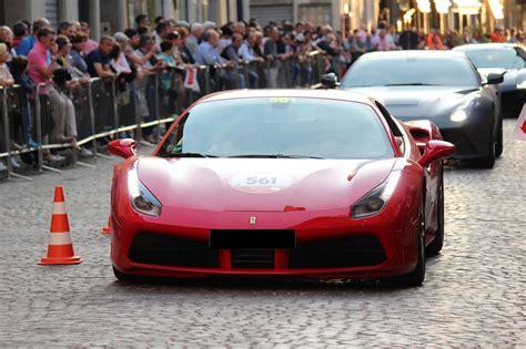 Ferrari enzo pronta consegna auto spettacolare da amatore collezionista ufficiale italiana e. Tutti a caccia delle Ferrari usate
