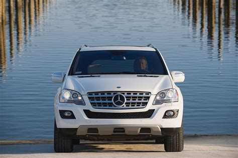 mercedes benz ml  bluetec picture