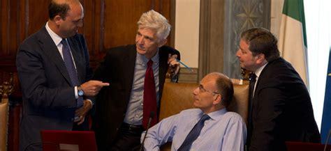 Come Si Chiama Il Presidente Consiglio Dei Ministri by Da Un Consiglio Dei Ministri Il Post