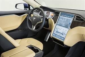 2013 Car of the Year: Tesla Model S|Tesla