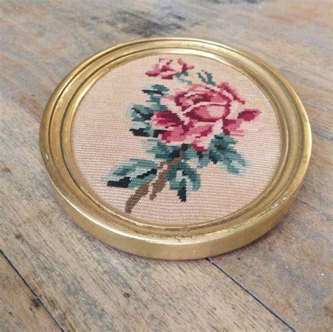 Tapisserie Vintage by Bouquet De Roses Tapisserie Canevas Vintage