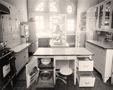 23 best images about 1920's Kitchen on Pinterest   Vintage
