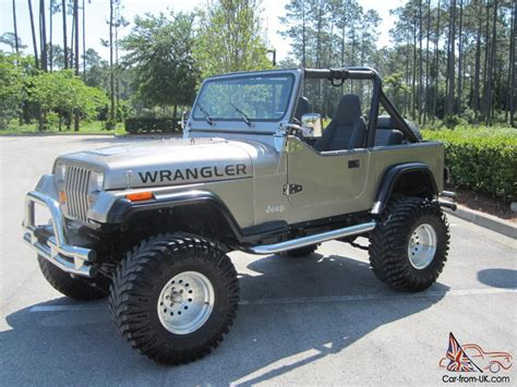 awesome  jeep wrangler lifted super nice jeep    goodies