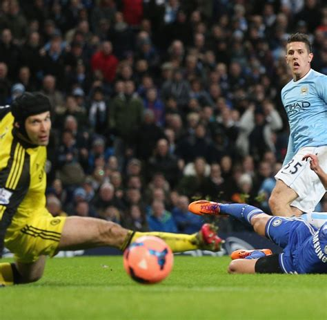 He can be from russia but he's west london. Pokal-Achtelfinale: Manchester City wirft FC Chelsea aus dem FA-Cup - WELT