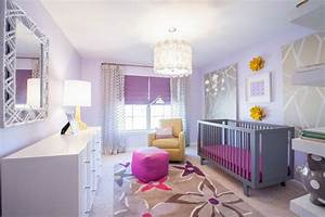 chambre bebe fille 50 idees de deco et amenagement With tapis chambre bébé avec tableau peinture fleurs moderne