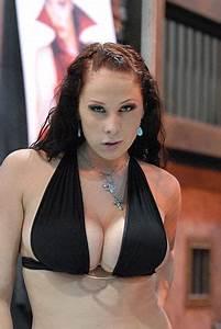 Archivo:Gianna Michaels 20080110 Adult Entertainment Expo ...