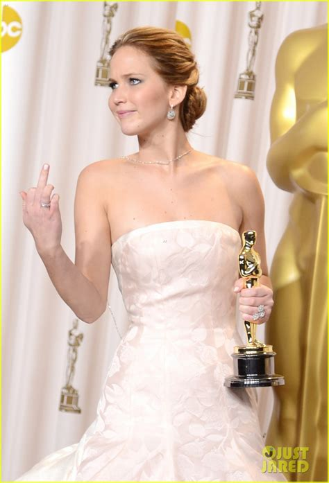Welcome To District 12 Jennifer Lawrence Oscar 2013 Roundup