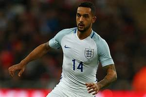 Theo Walcott could miss Arsenal's trip to Man United if ...