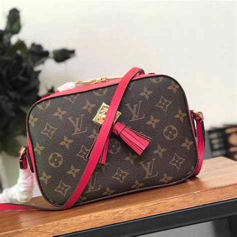louis vuitton monogram saintonge compact bag