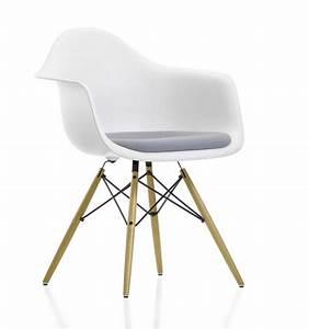 Vitra Eames Stuhl : eames plastic arm chair daw stuhl vollgepolstert vitra ~ A.2002-acura-tl-radio.info Haus und Dekorationen