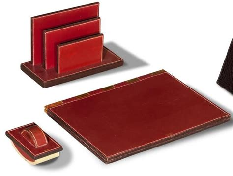 bureau hermes hermes nécessaire de bureau trois pièces en cuir