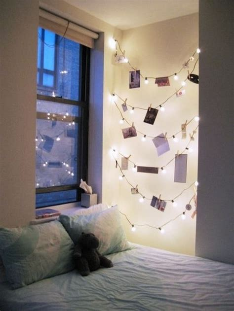 how you can use string lights to make your bedroom look dreamy