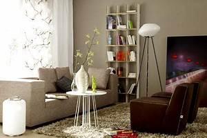 Schöner Wohnen Wandfarbe Grau : einrichten mit farbe wohnzimmer in hellem grau braun bild 4 living at home ~ Bigdaddyawards.com Haus und Dekorationen