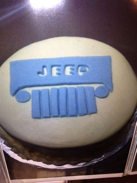 jeep cupcake cake jeep cake jeeps and cakes on pinterest