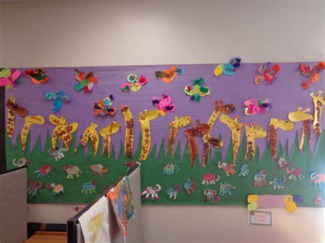 safari preschool theme preschool jungle theme bulletin board giraffes parrots 469
