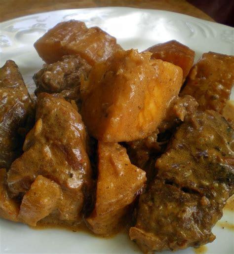 comment cuisiner du manioc cuisiner manioc 28 images vadrouilles gourmandes g 226