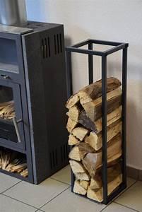 Holzlagerung Im Haus : kaminholzregal innen stab plan 900x250 aus metall ~ Markanthonyermac.com Haus und Dekorationen