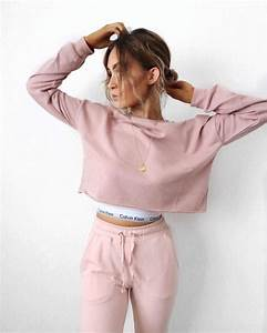 1000+ ideas about Outfit Goals on Pinterest | Sporty fashion Cropped sweater and Outfit ideas