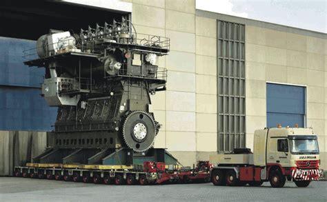 World's Largest Combustion Engine