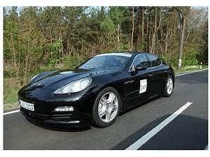 Porsche Panamera Hybride : un bonus pour l 39 hybride rechargeable de la poudre aux yeux challenges ~ Medecine-chirurgie-esthetiques.com Avis de Voitures