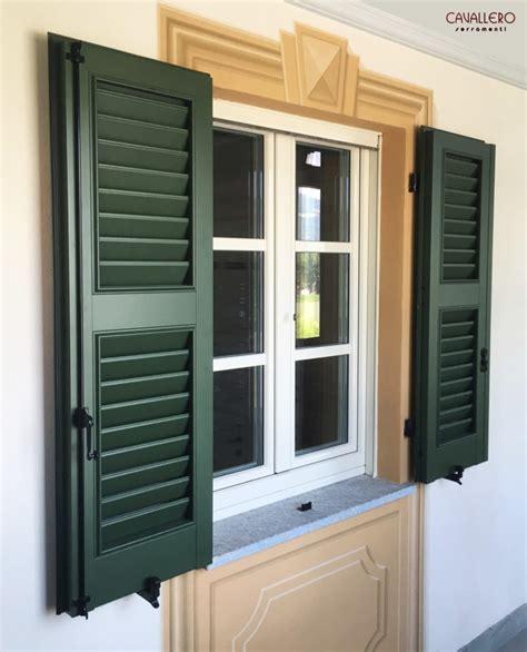 persiana in legno finestra in legno alluminio con persiana in alluminio a