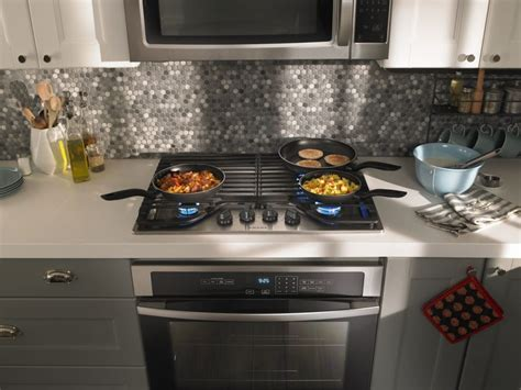 Amana Agc6540kfs 30 Inch Gas Cooktop With 4 Sealed Burners, Front Controls, Dishwasher-safe
