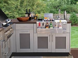 Bringing The Inside Out Outdoor Kitchen Cabinetry 6