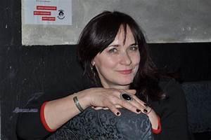 Ukraine women in and