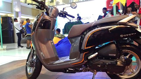 Modifikasi Scoopy 2017 Hitam Putih by Gambar Motor Scoopy Baru Warna Hitam Automotivegarage Org