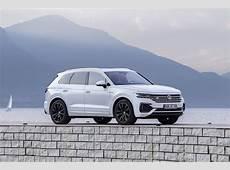 2019 VW Touareg With 231 HP 30 TDI Saves You €3,500