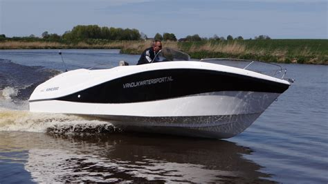 Merken Consoleboten king 550 open snel luxe van dijk watersport
