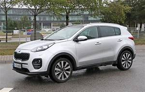 2016 Kia Sportage LX SUV White Color Autocar Pictures