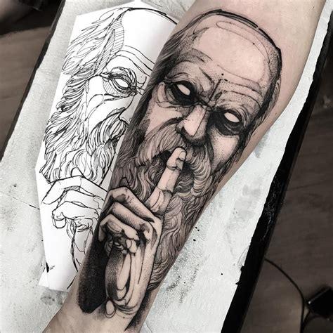 Oliveira and chandler set eyes on lightweight title. La imagen puede contener: 1 persona | Tatuagem de mago ...